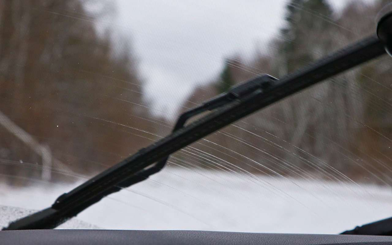 Триглавных недостатка Renault Kaptur— фото 820962