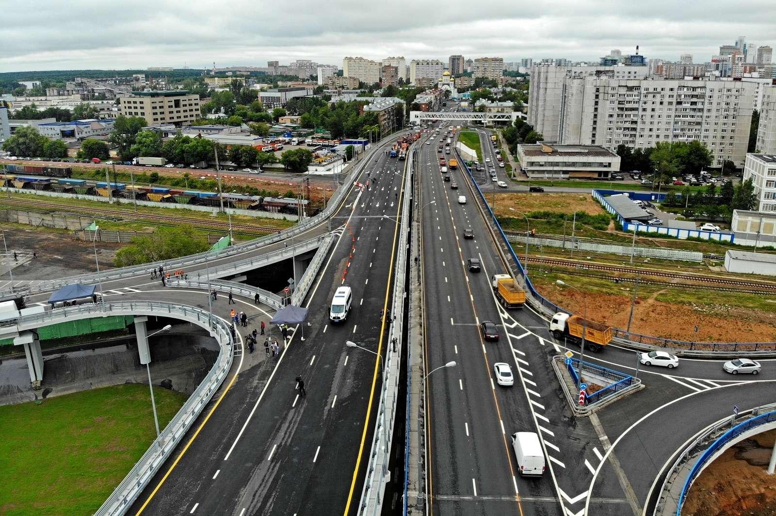 В Москве открылось движение подвум эстакадам Северо-Западной хорды— фото 885474