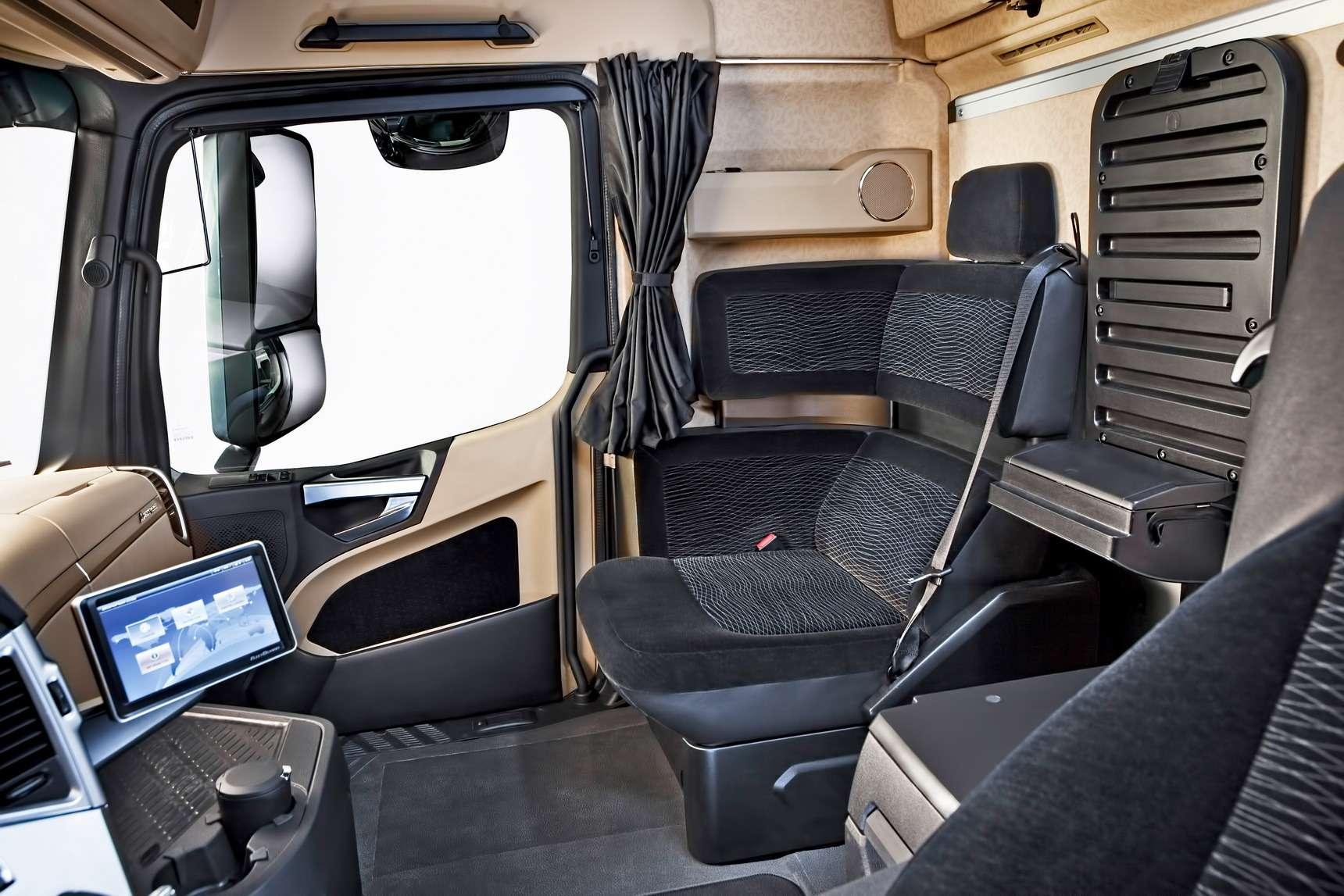 Какие кабины длягрузовиков КАМАЗ иMercedes-Benz будут выпускать вНабережных Челнах— фото 586591