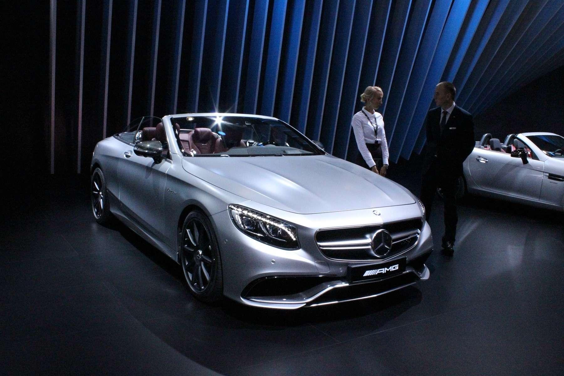 Стенд или шоу-рум: Mercedes-Benz E-класса ивсе-все— фото 624474