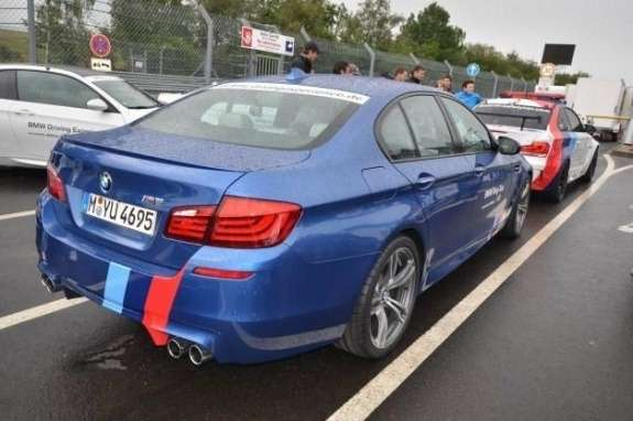 BMW M5 Ring taxi rear view