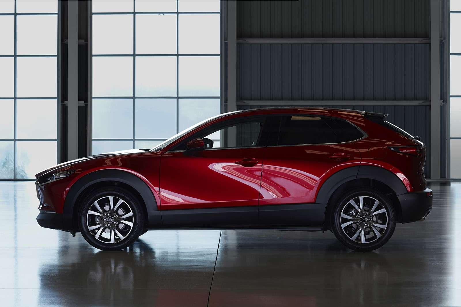 Mazda показала новый кроссовер— ждем его вРоссии— фото 954637