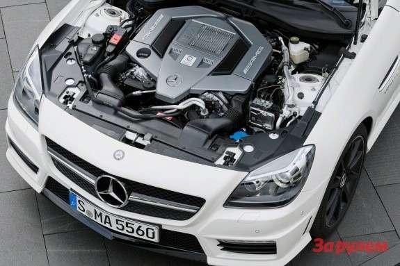 Mercedes-Benz SLK 55AMG engine bay