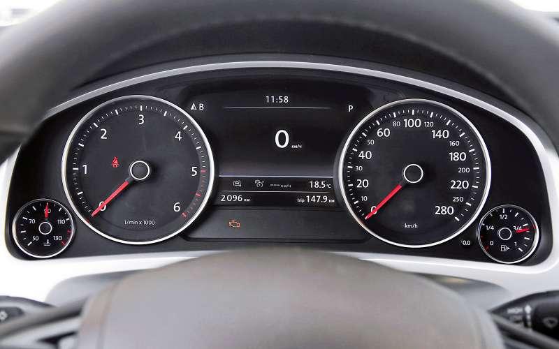 Новый Nissan Murano против конкурентов: длинные рубли