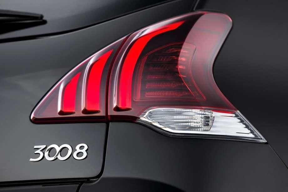 Peugeot_3008_FL_1_no_copyright