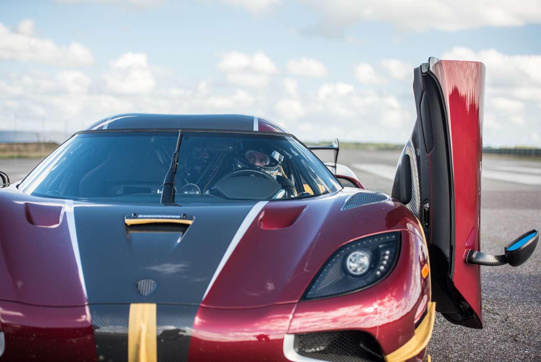 Новый мировой рекорд Koenigsegg Agera RS— 0-400 км/ч за26,8 сек.— фото 802010