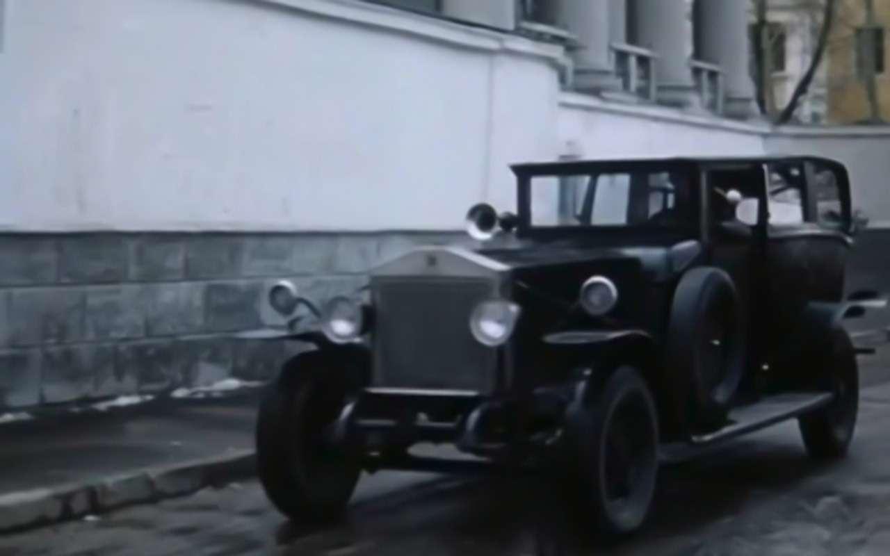 Самые необычные автомобили советских фильмов: хоть один узнаете?— фото 1115828