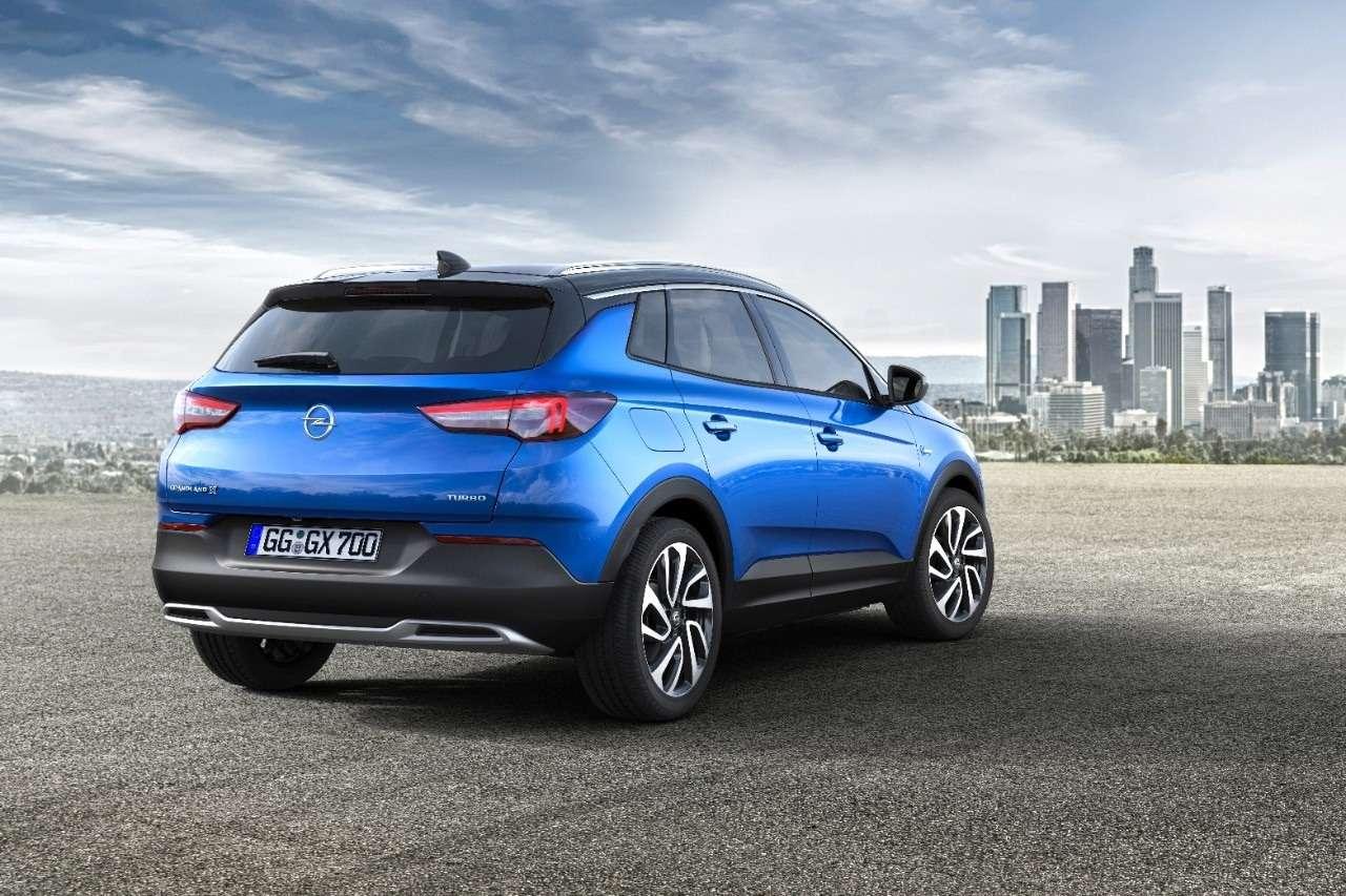 Молнией поТигуану: Opel представил компактный Grandland X— фото 739175