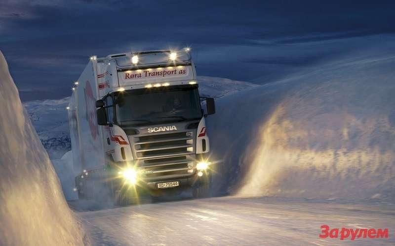 Большегрузные автомобили снова хотят обязать оснащать зимними шинами