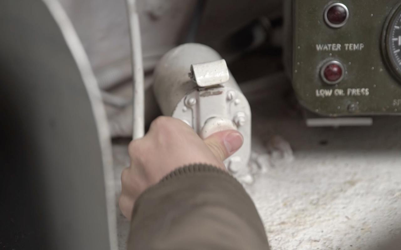 Какая комфортная иномарка: тест-драйв американского танка «Шерман»— фото 944973