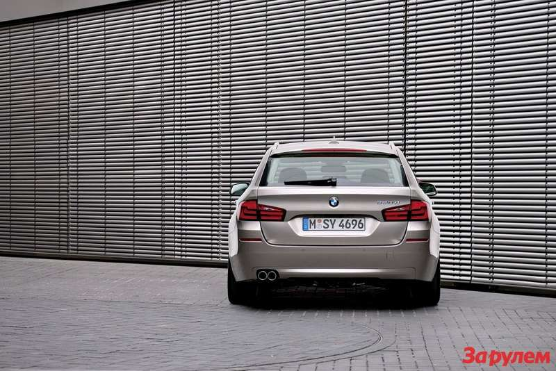 2011-BMW-5-Series-Touring5