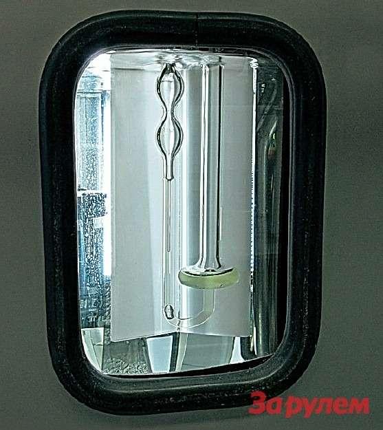 Криотермостат свискозиметром дляопределения кинематической вязкости ТЖ. Стеклянная изогнутая трубка— капиллярный вискозиметр.