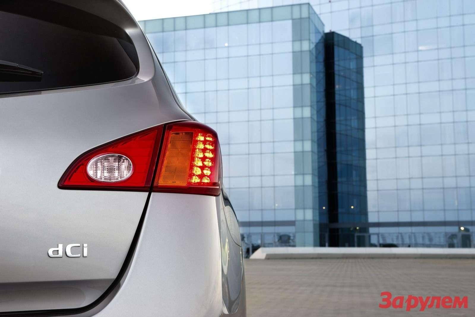 Nissan Murano получил новый дизельный мотор ифейслифт