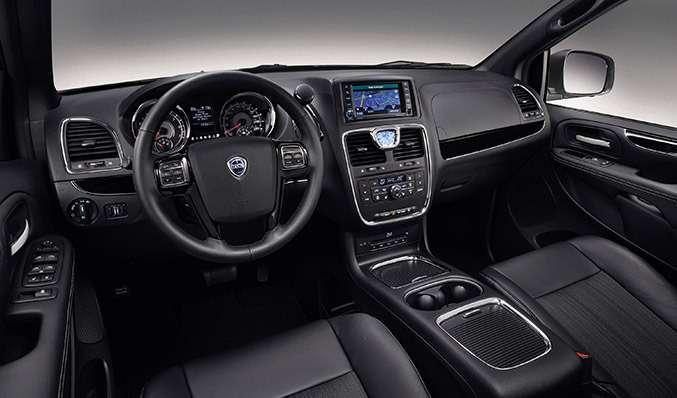 no copyright 2014 Lancia Voyager S Interior