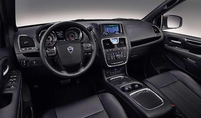 nocopyright 2014 Lancia Voyager SInterior