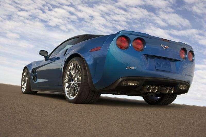 Chevrolet Corvette ZR-1на трассе Нюрбургринга: 7:26.4на круг— фото 348842