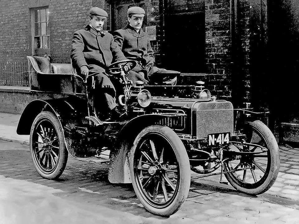 Те, кому за100: самые старые производители автомобилей— фото 589256