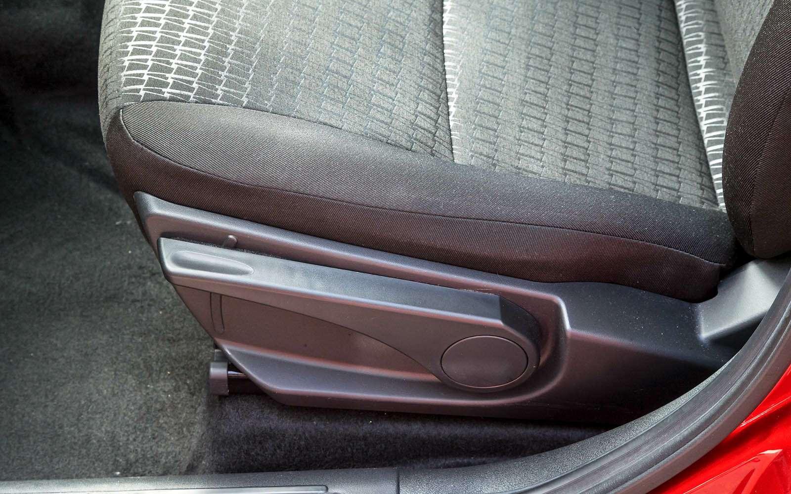 Datsun mi-DO: сравниваем двухлетний хэтчбек сновым— фото 776820