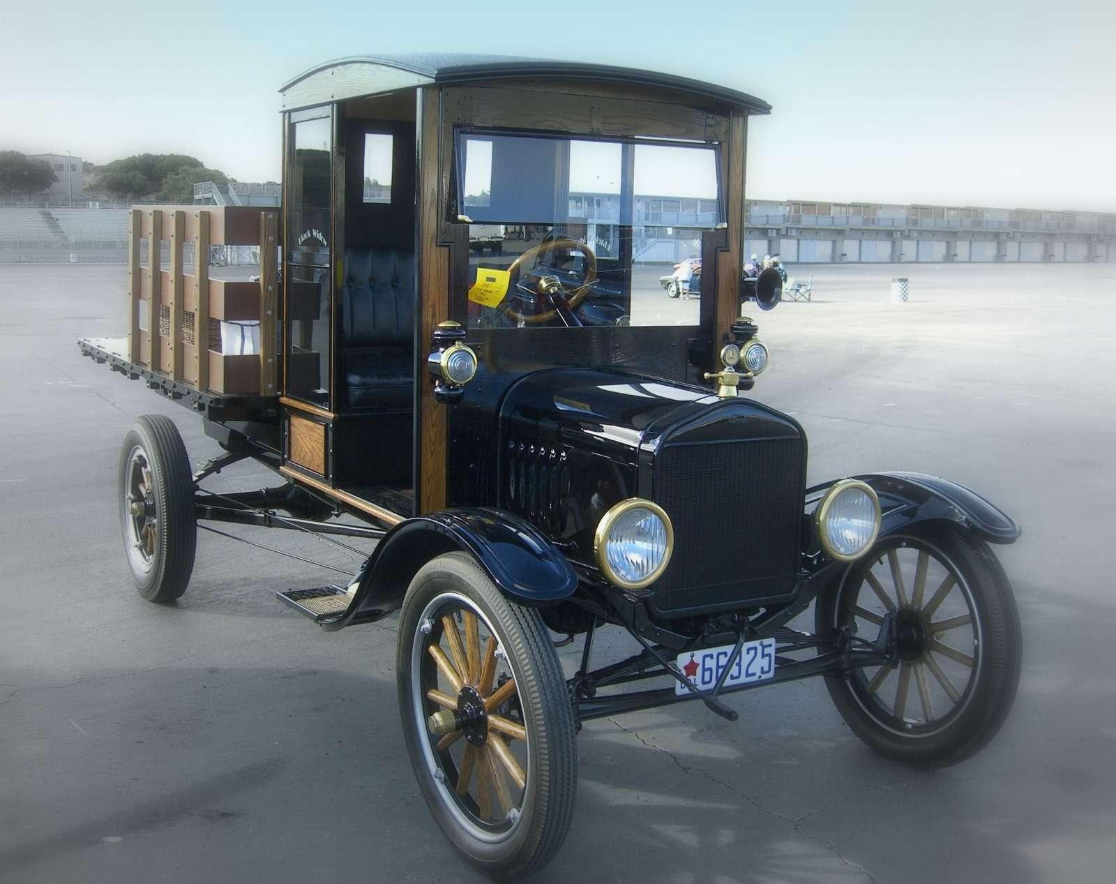 Первый пикап— Ford TPickup
