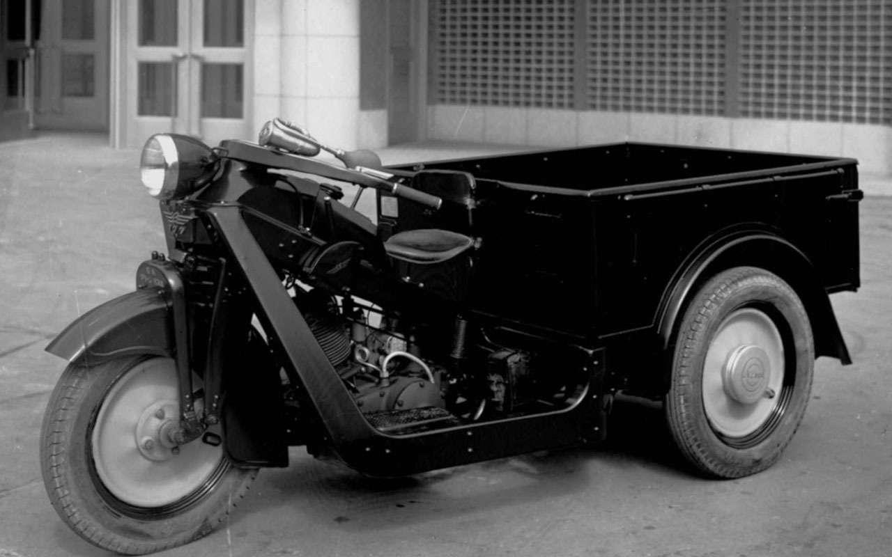 Короткий тест поавтоистории: что было первой моделью Mazda?— фото 1075980