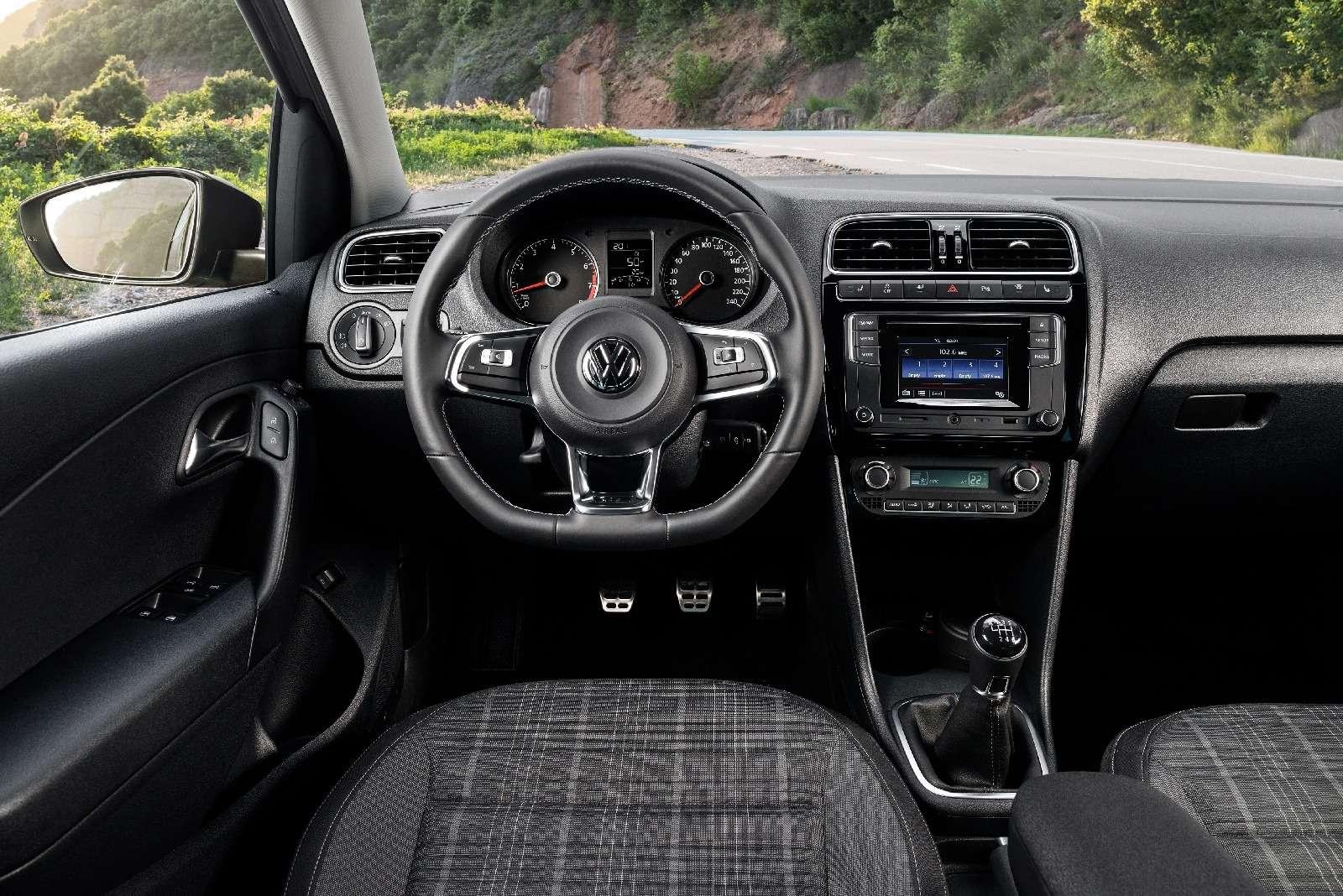 Volkswagen объявил цены накалужский спортседан Polo GT— фото 617830