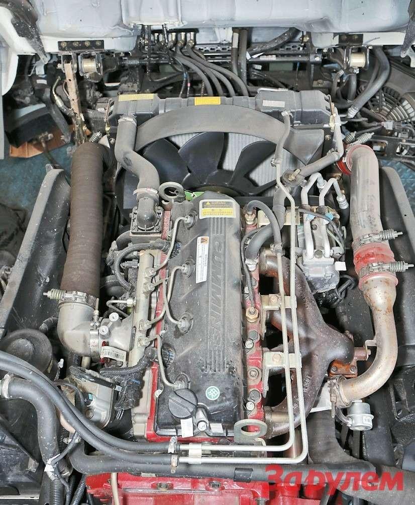 3,8-литровый мотор Cummins иего  навесные агрегаты весьма надежны
