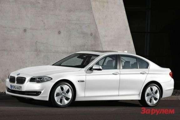 BMW520d EfficientDynamics front-side view