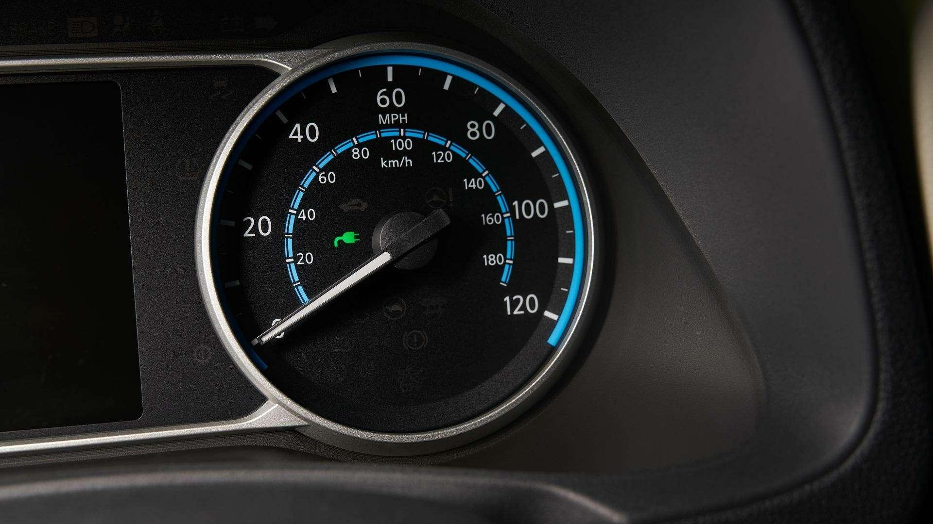 Nissan представил электромобиль дляРоссии— фото 791456