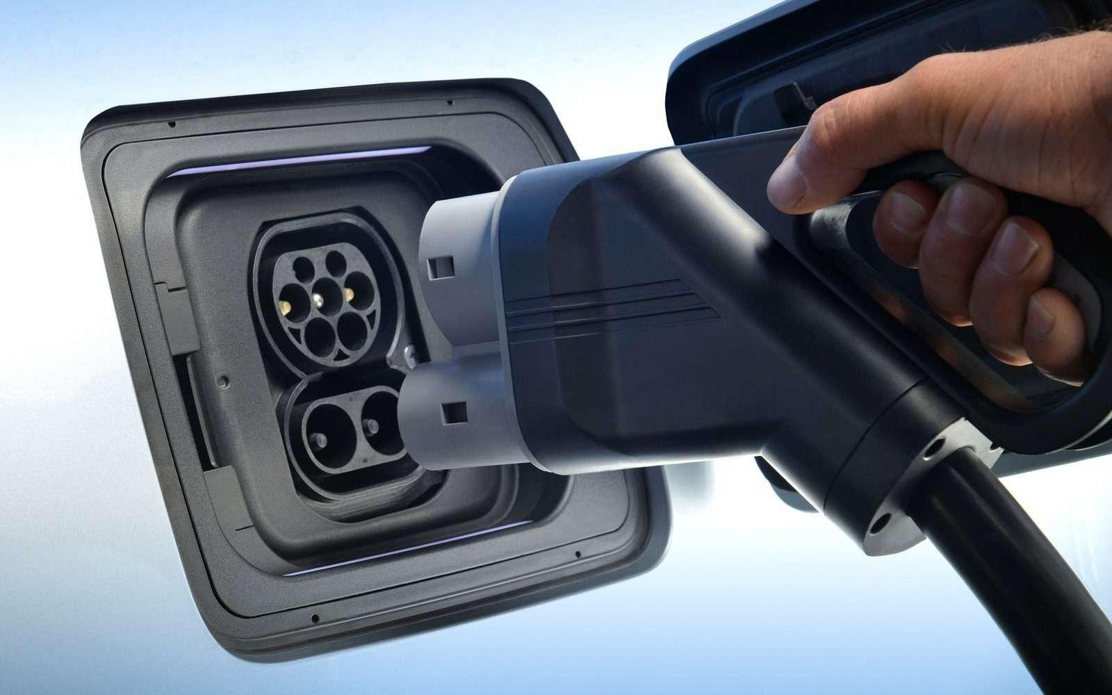 Электромобиль BMW i3приехал вРоссию подвидом гибрида— фото 694254