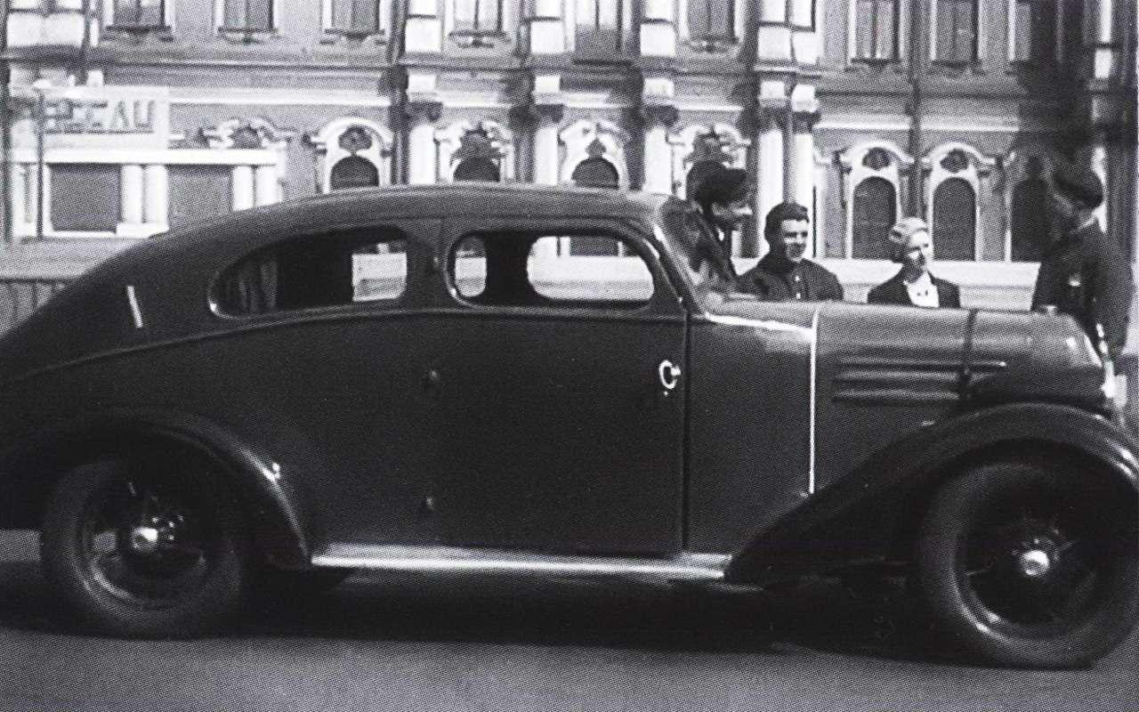 Спорткары, кабриолеты, родстеры... 15уникальных советских машин— фото 984951