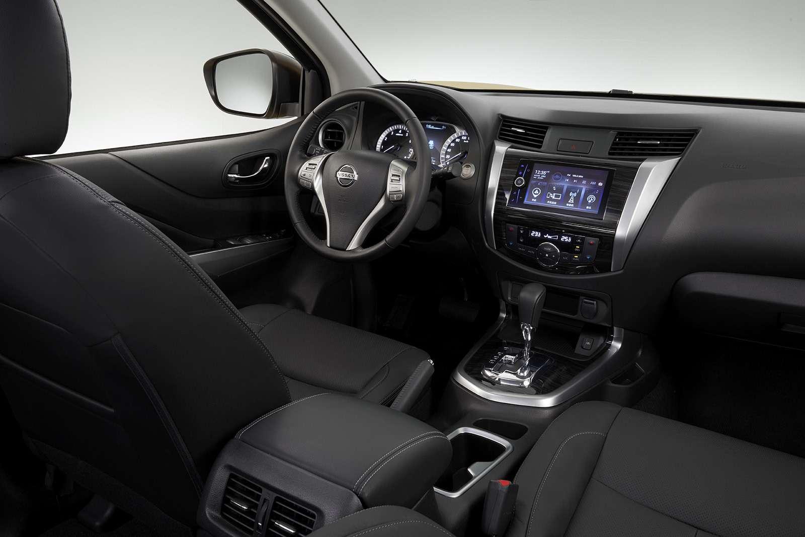 Nissan Terra— конкурент Toyota Fortuner— фото 848518