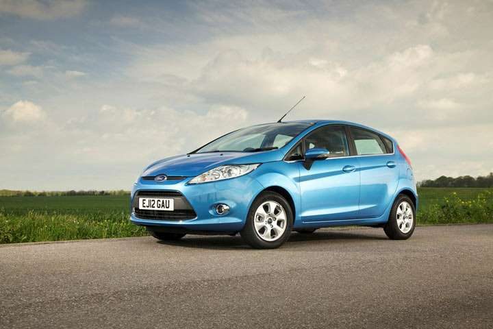 _no_copyright_Ford_Fiesta