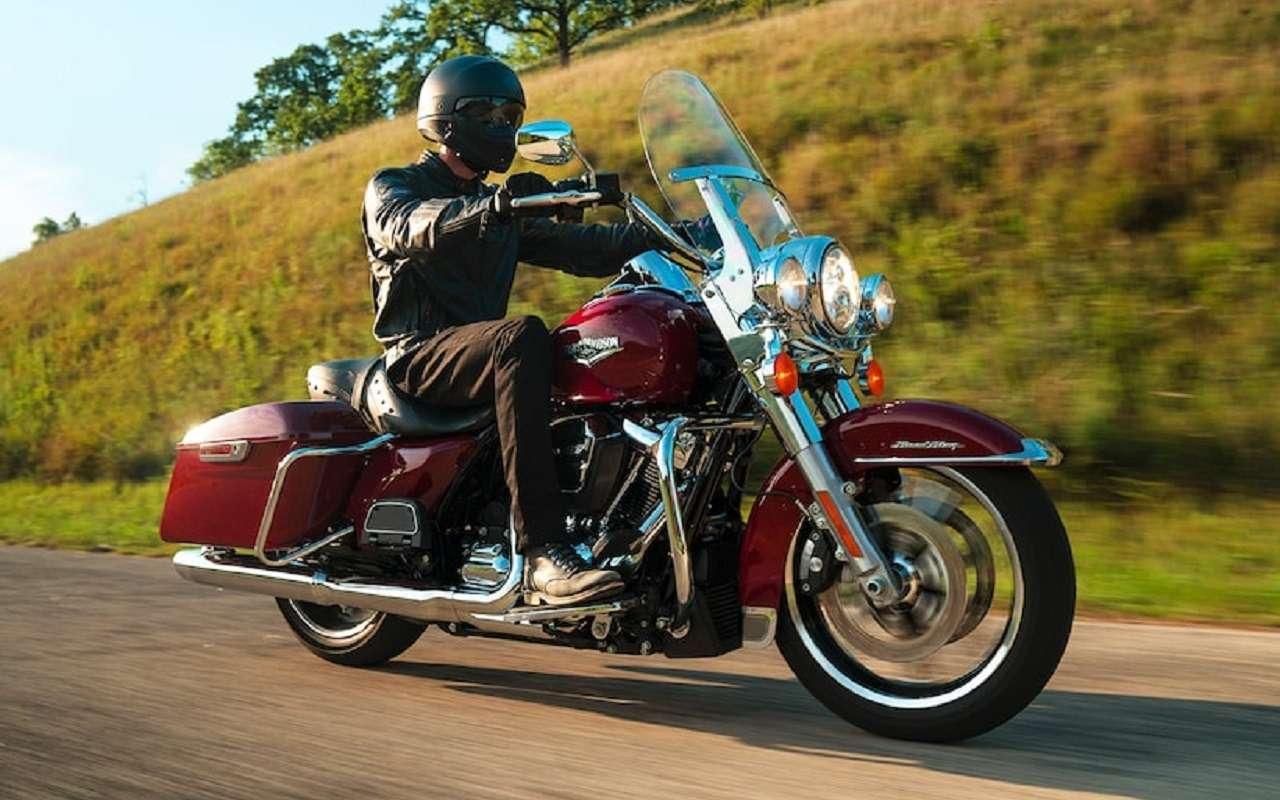 МЧС России пересаживается намотоциклы Harley-Davidson