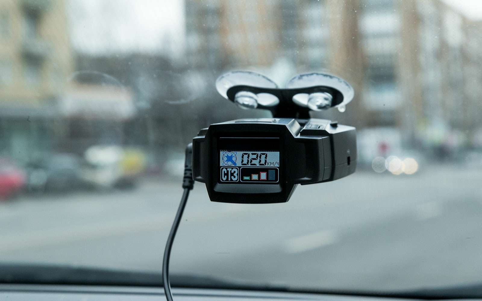 Смартфон, зонт ипрочие орудия убийства ввашем автомобиле— фото 775279