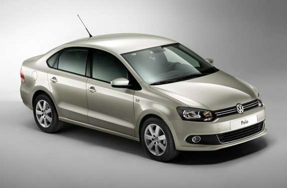 volkswagen_polo_sedan_02_no_copyright