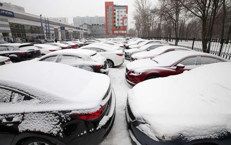 Большинство россиян непланируют покупать автомобиль