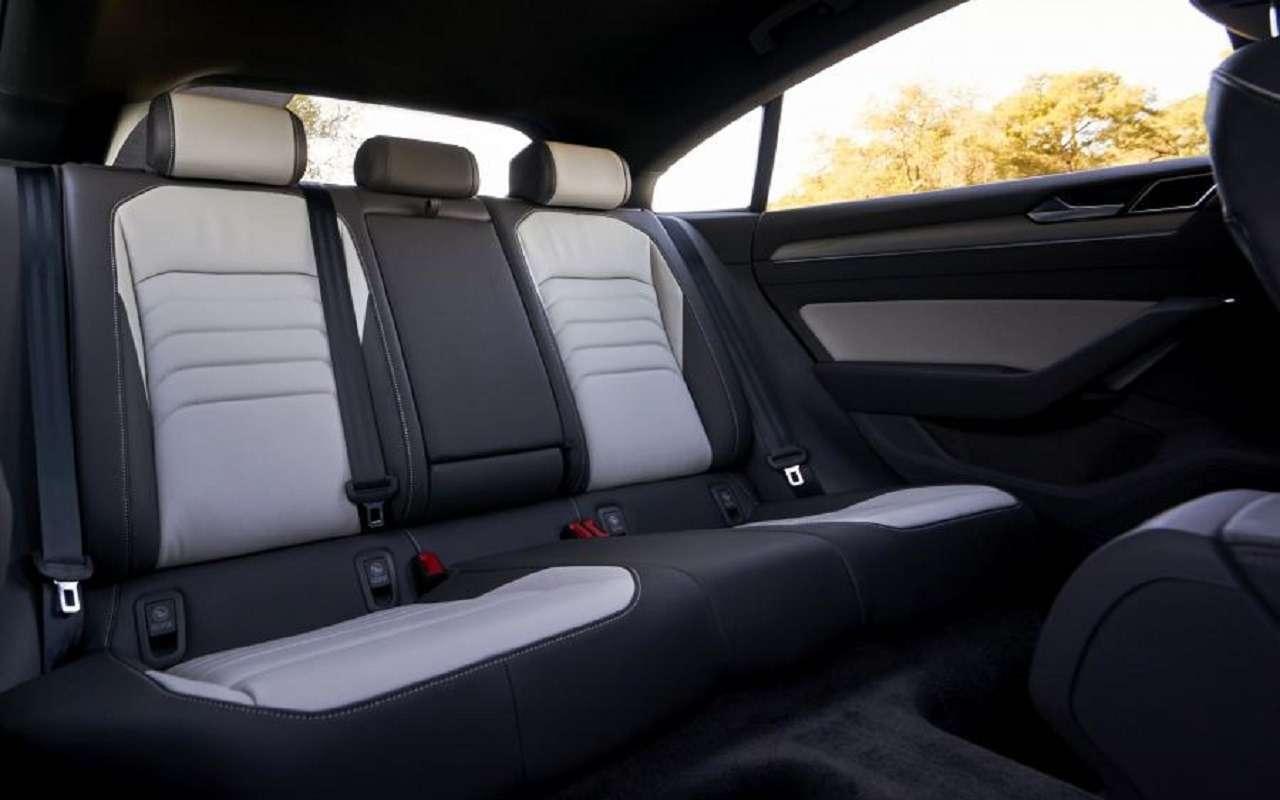 Volkswagen привезет вРоссию спортивный седан Arteon— фото 1138245