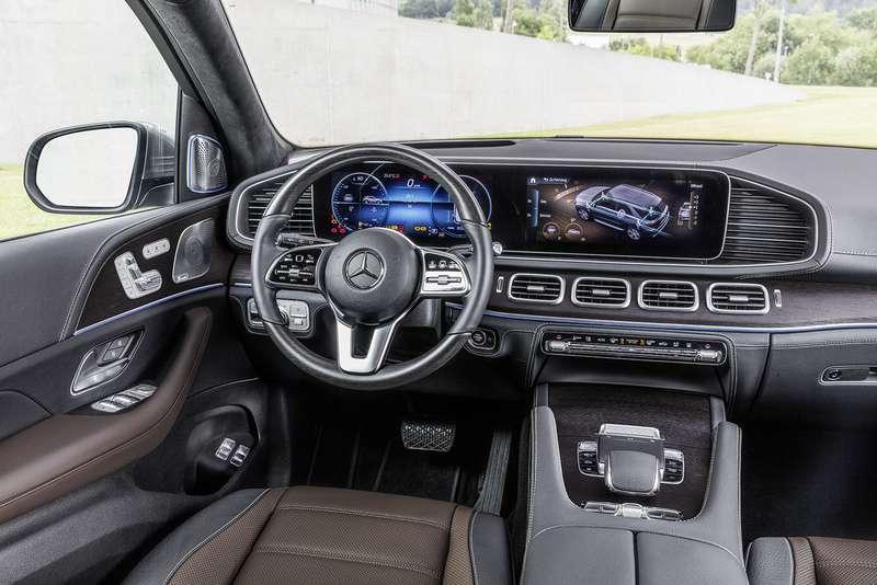 Новый Mercedes-Benz GLE: теперь он умеет подпрыгивать