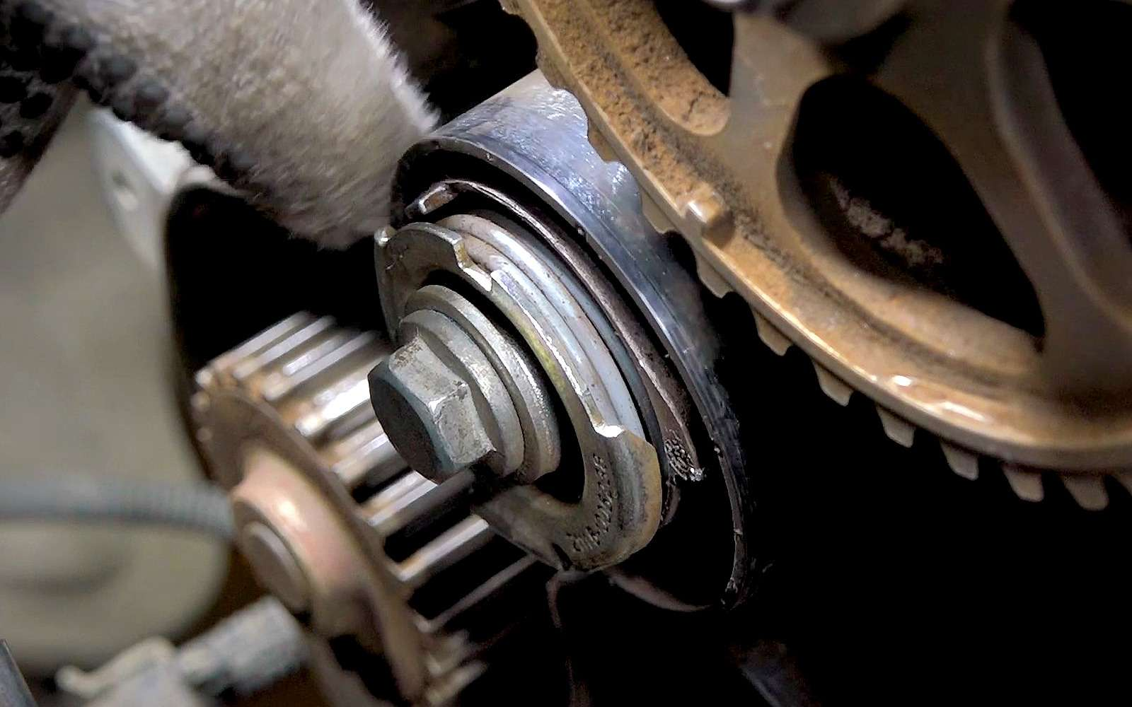 Вазовский мотор сдох наполном ходу— ЗРнашел причину— фото 958599