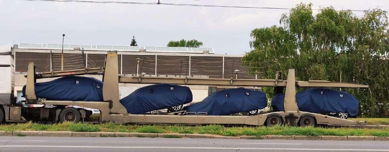В Тольятти засняли автовоз сновыми Вестами— фото 1281122