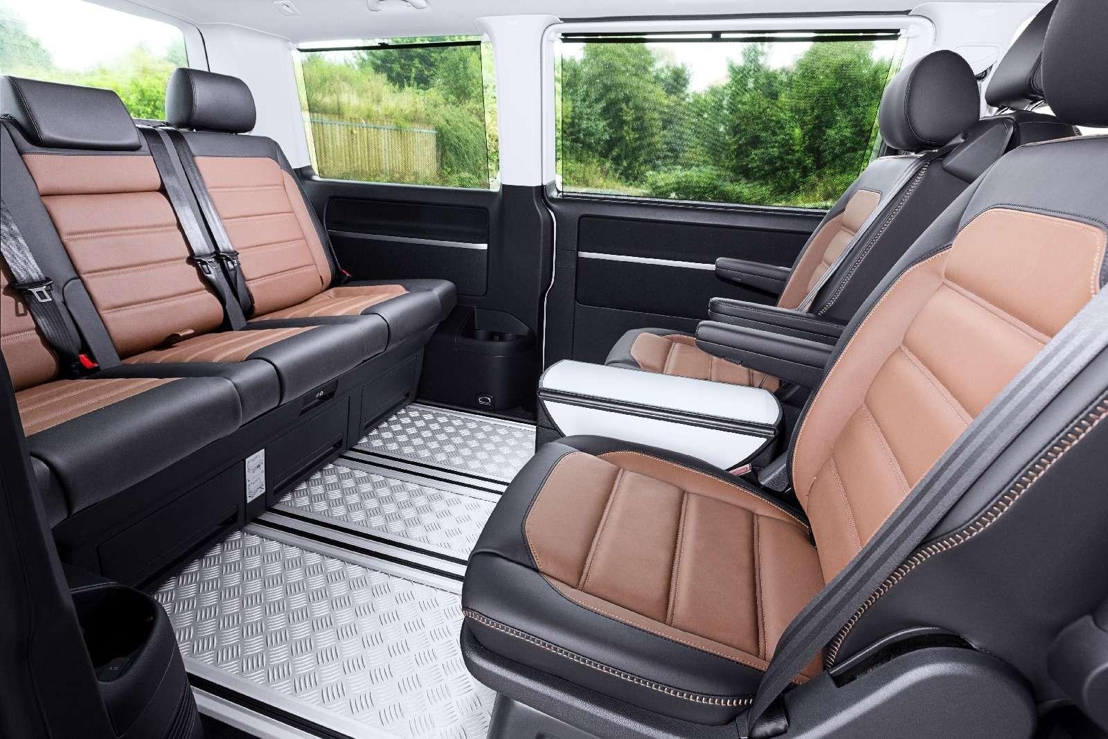 Привет Америке: VWпредставил кросс-версию микроавтобуса Multivan— фото 637176