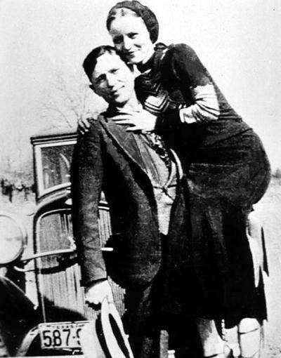 4 Clyde Barrow and Bonnie Parker nocopyright