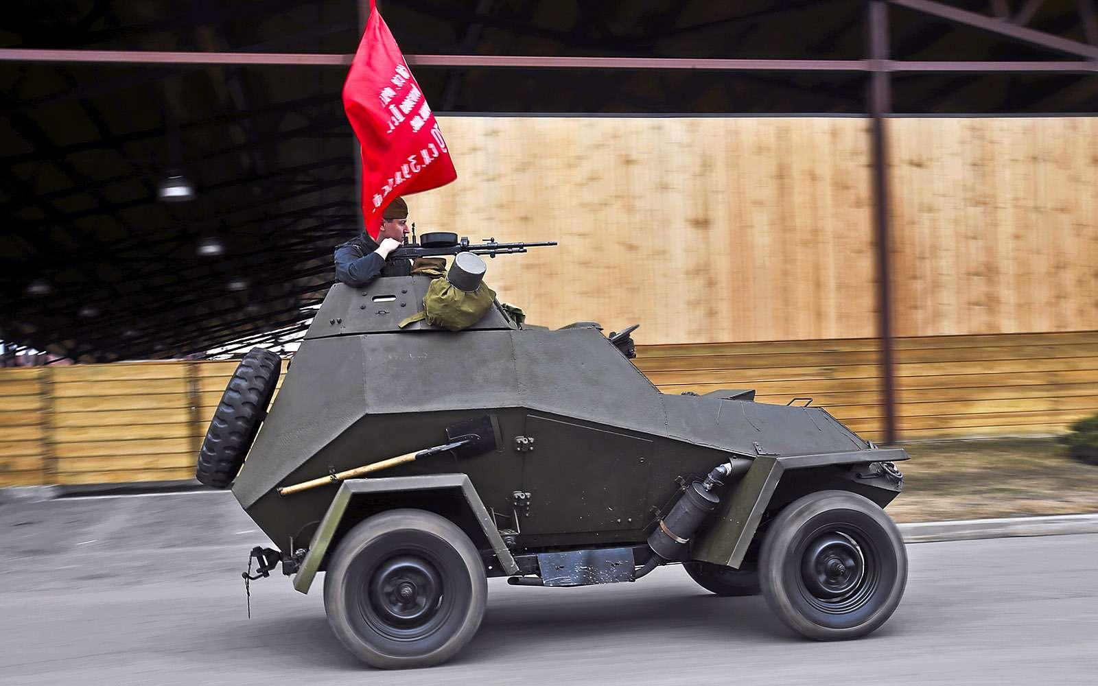 Отмечаем День Победы сбронеавтомобилем-ветераном БА‑64Б— фото 745605