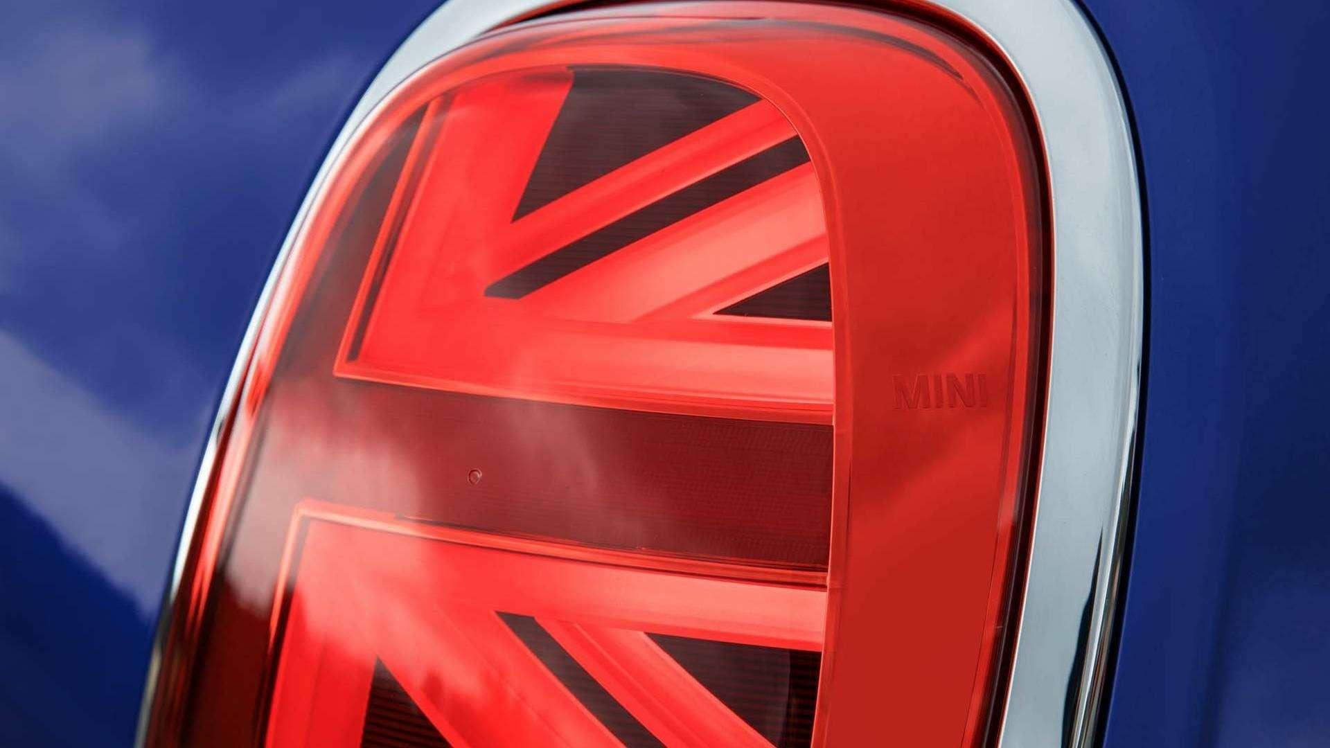 Моргнуть британским флагом: Mini получили патриотические обновки— фото 834789
