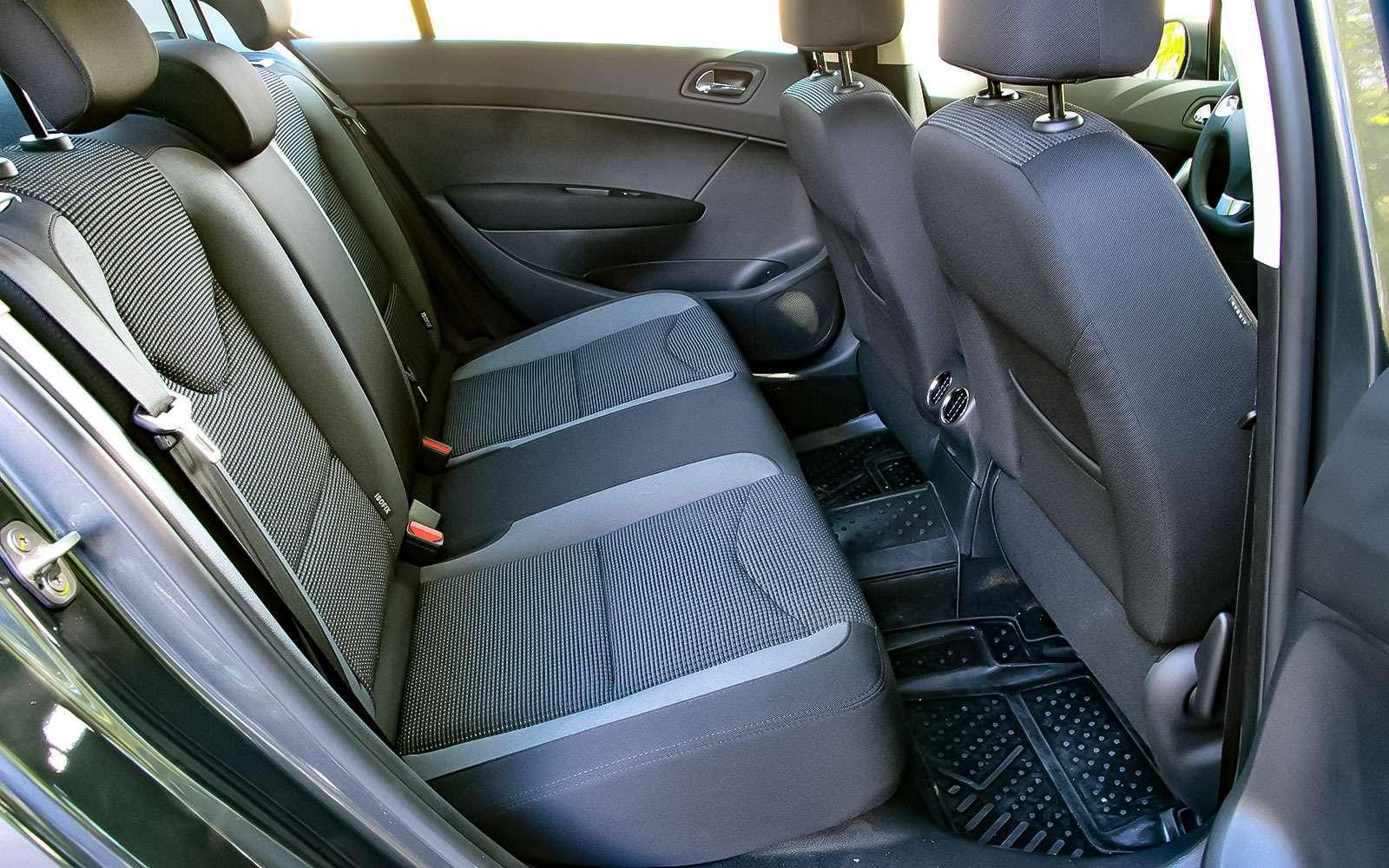 Рестайлинговый Peugeot 408— солидность, гармония иновый автомат— фото 769121