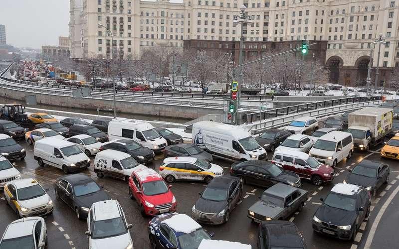 Почему вНовый год больше аварий— посчитали все цифры