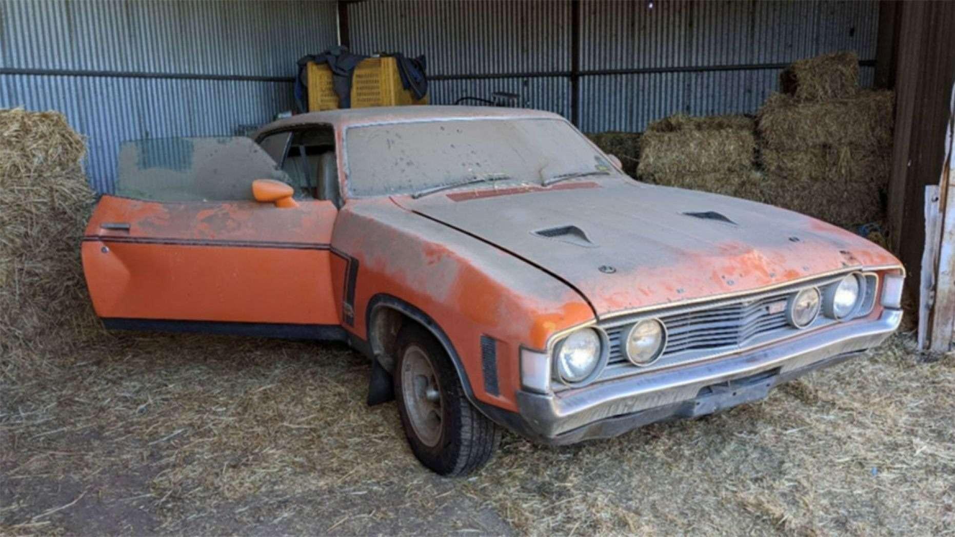 Дедуля держал машину, чтобы поговорить, акупили еезатрогательную «историю»— фото 1155238