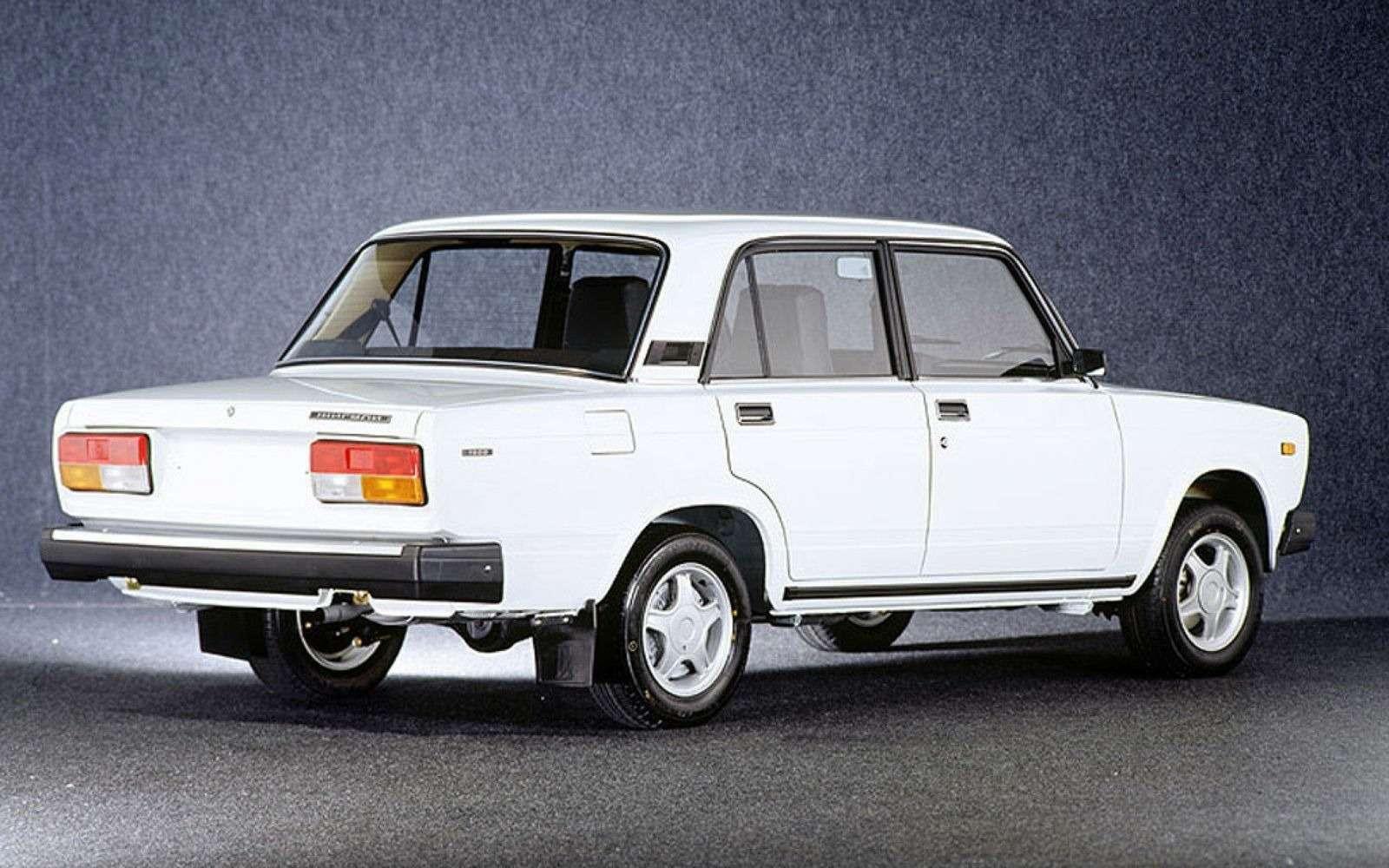 Продажи автомобилей спробегом виюле упали на19%, влидерах— Lada— фото 386895