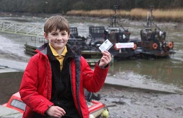 10-летний мальчик разработал план спасения 30машин отоползня