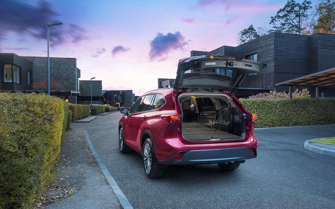 Новый Toyota Highlander: от3,68 миллиона— фото 1154481